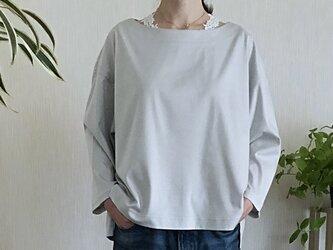 大人なTシャツ(グレー)の画像
