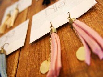 Tassel charm ピアス-pink-の画像