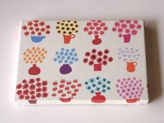flower base ( mix red ) ファブリックパネルの画像