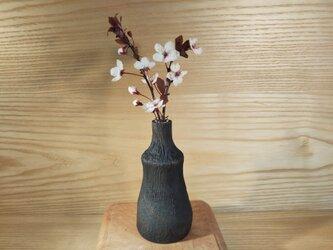 花飾樹 一輪挿し M06の画像