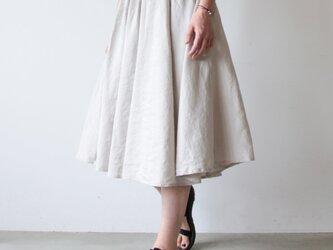 Linensilk skirt / light beigeの画像