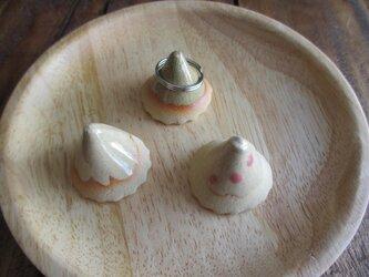 [送料無料] 陶器 かわいいリングスタンド 3点セット Aの画像