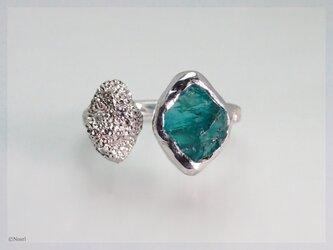 原石アパタイトとダイヤモンドのリング(Gemstone Ring No.4 Apatite)の画像