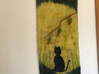 満月と猫のタペストリーの画像