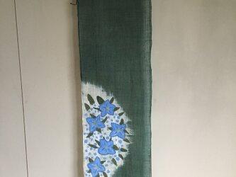 紫陽花のタペストリーの画像