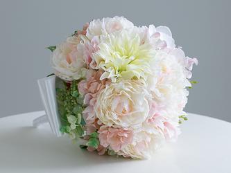 【ブートニア付き】芍薬と胡蝶蘭のブーケ アーティフィシャルフラワー (造花)前撮り 海外ロケフォト サプライズ の画像