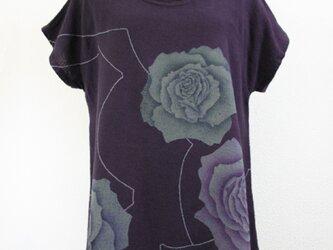 ガーゼ生地の半袖コットンチュニック(薔薇の花模様・紫色)の画像