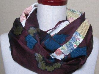 着物リメイク 22㎝幅お洒落な花模様の紬着物×古典花模様の小紋着物のスヌードの画像