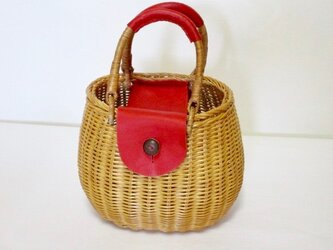 ♦︎BIG♦️夏SALE♦️  イタリア革の藤トート(赤)の画像