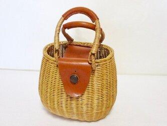 ♦︎BIG♦️夏SALE♦️  イタリア革の藤トート(茶色)の画像