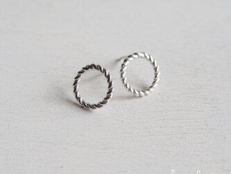 【再販】- Silver - Twisted Circleピアス (L)の画像