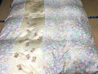 きれいな小花とカルタの模様のやわらかシルクの古布で作った布団カバー送料無料の画像