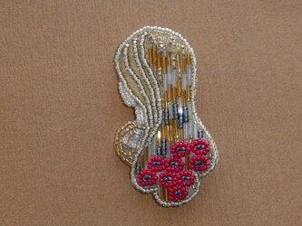 Klimt*蜂蜜色の髪の乙女 ビーズ刺繍ブローチの画像