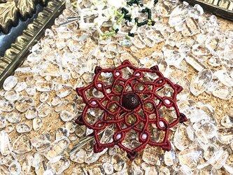 新色追加!天然石のマクラメ編みヘアピン【ダリア】レッド系・ガーネットの画像