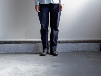 durable pants/navyの画像