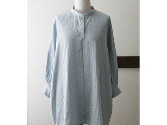 【sale】ビッグシルエットのシャツチュニック くすみブルー Wガーゼ(M)の画像