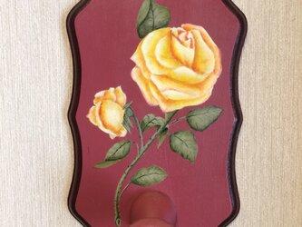 黄薔薇のミニハンガーの画像