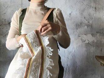 lace shoulder bag (ecru)の画像