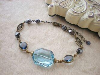 mosaic*スワロフスキーのブレスレット ブルーの画像