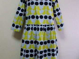 水玉柄×鳥柄プリントラウンドネック8~9分丈袖スカートギャザー入りワンピース 両脇ポケット付き M~Lサイズ グレー 受注生産の画像