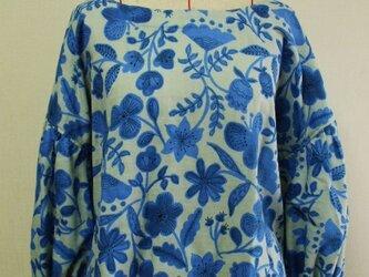 お花柄 ラウンドネックバルーン8分丈袖プルオーバー M~LLサイズ 薄いグレー色 受注生産の画像