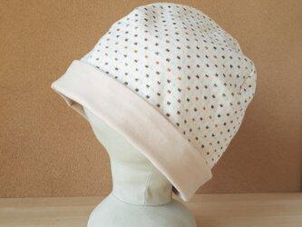 【値下げ】ニットのリバーシブル帽子*リトルスクエア(オレンジ×ブラウン)×ベージュの画像