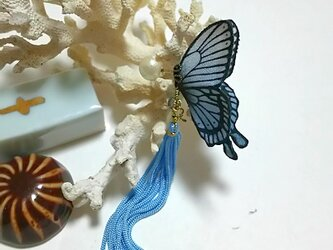 蝶のピアス (小) アゲハの画像