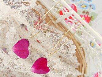 薔薇の❤ハート❤花びらピアス(Deep Pink)の画像