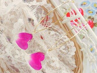 薔薇の❤ハート❤花びらピアス(purple Pink)の画像