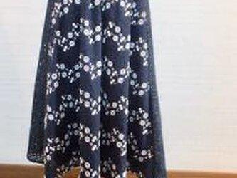 *刺繍入り綿レースのギャザースカート紺*の画像