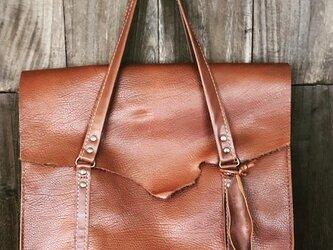 ブラウンレザーバッグの画像