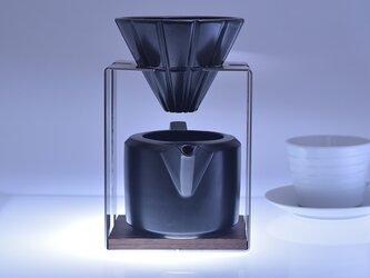 コーヒードリッパー・サーバー・黒 (磁器・ステンレス・木の組み合わせが美しいデザイン)の画像