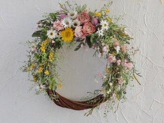 Pretty wild flower wreathの画像