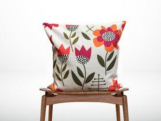 森のクッション Spring floral print with geometric -ひのきの香り-の画像