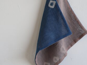 手ふきん(藍+サザンカの花びら)の画像