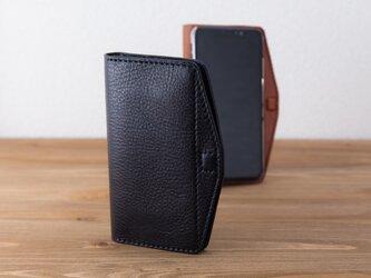 イタリア製牛革のiPhone XR用ケース   ブラック/ネイビー ※受注製作 (カラーオーダー全12色)の画像