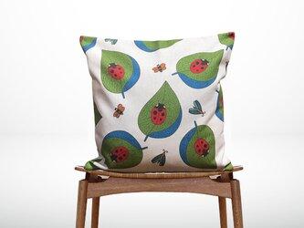 森のクッション  Ladybugs -ひのきの香り-の画像