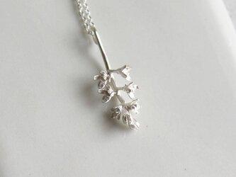 sv925 オリーブの花のネックレスの画像