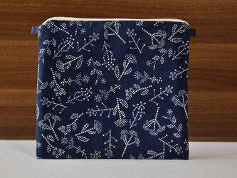 藍染×型染ポーチ(七花)ショルダー用紐ありの画像