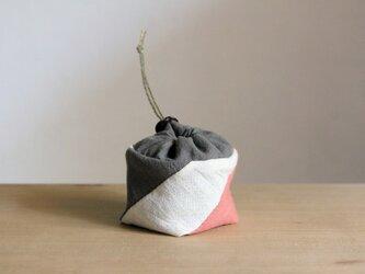 草木染め/自然素材/シアワセキンチャクの画像