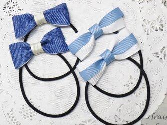 ★りぼん★ ブルーデニム色と白と水色のリボンのヘアゴムの画像