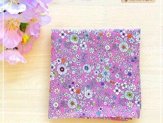 【受注製作・送料無料】ちくちく手縫いがやさしい ランチクロス<48cm×48cm> お弁当包み ハンカチ 小花ピンクの画像