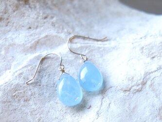 K18 高品質 アクアマリン ペアシェイブ ピアス 天然石 優しいブルー色の画像