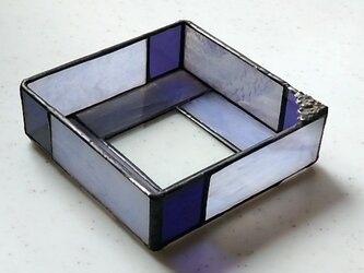 ステンドグラスの小物入れの画像