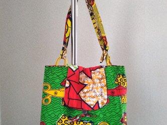 アフリカの布でバッグの画像