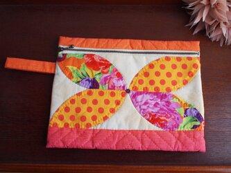 バタフライフラットポーチ Lサイズ オレンジーナの画像