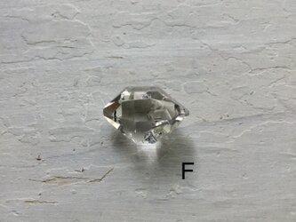 Herkimer diamond ルース Fの画像