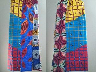 アフリカの布でワンピースやスヌードなどの画像