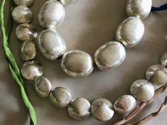 copper beads necklace (silver coin)の画像