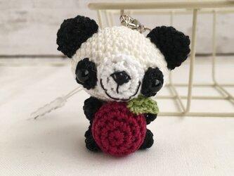 【受注生産】赤リンゴ・白黒パンダさん・鈴付きイヤホンジャックストラップの画像